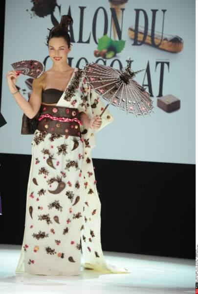 Elle également participé à plusieurs reprises au défilé du Salon du Chocolat à Paris.