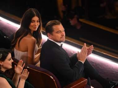 Leonardo DiCaprio et Camila Morrone, très tactiles et complices aux Oscars
