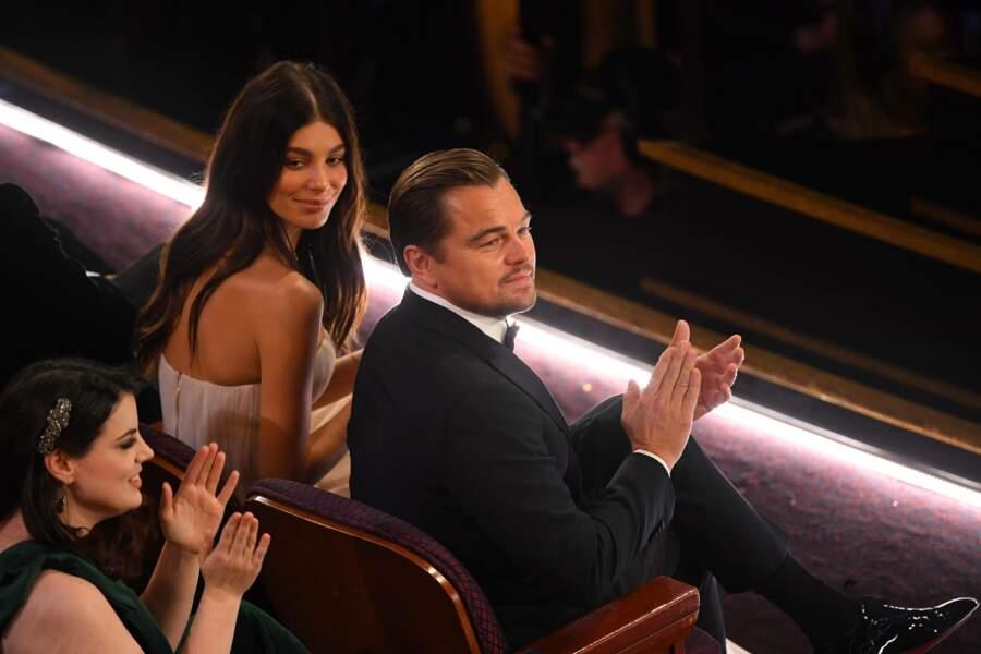 Leonardo DiCaprio et Camila Morrone, complices au premier rang des Oscars