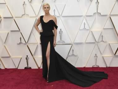 Oscars 2020 : Charlize Theron en robe fendue, Scarlett Johansson très décolletée… Les plus belles tenues de la soirée