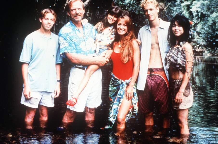 La voici en mode survivante dans le long métrage Les Naufragés du Pacifique (1998)
