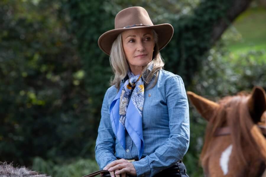 Jane Seymour a changé de couleur de cheveux pour la saison 2 de La Méthode Kominsky sur Netflix