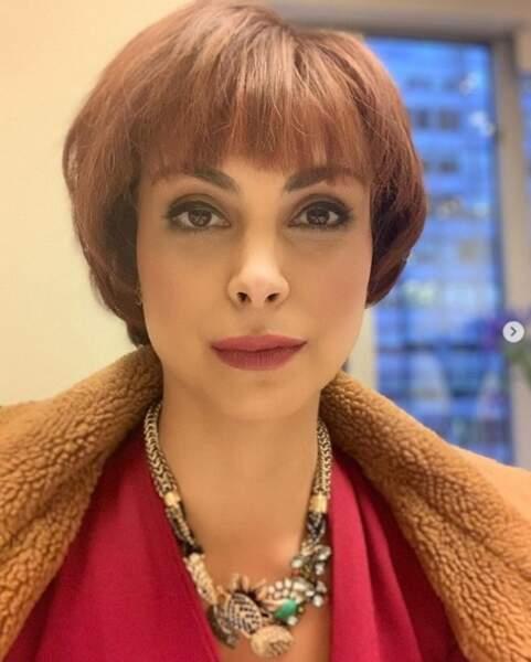 Nouvelle perruque pour une nouvelle vie pour Morena Baccarin.