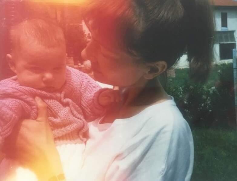 Photo souvenir familial avec sa maman aujourd'hui disparue…