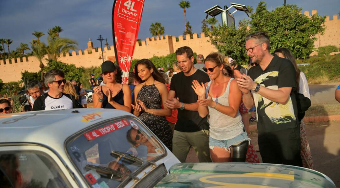 Sandy Heribert, Vaimalama Chaves, Valentin Lucas, Pauline Déroulède et Le Tone : les participants du 4L Trophy ont eu le droit à une pluie de personnalités pour leur arrivée à Marrakech