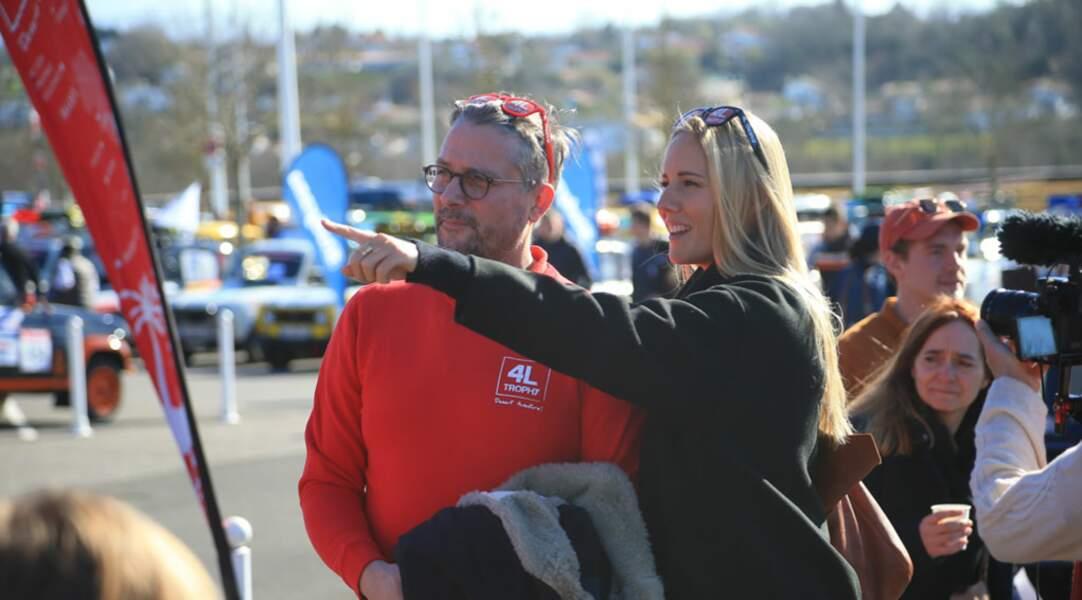 Les spécialistes des sports auto Sandy Heribert et le Tone sont-ils en train de repérer le prochain parcours de la course ?