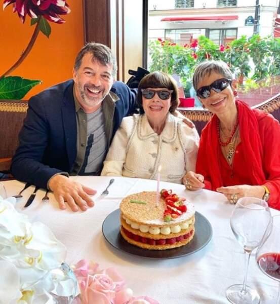 Aux côtés de Mireille Mathieu pour l'anniversaire de leur copine Isabelle Morini-Bosc