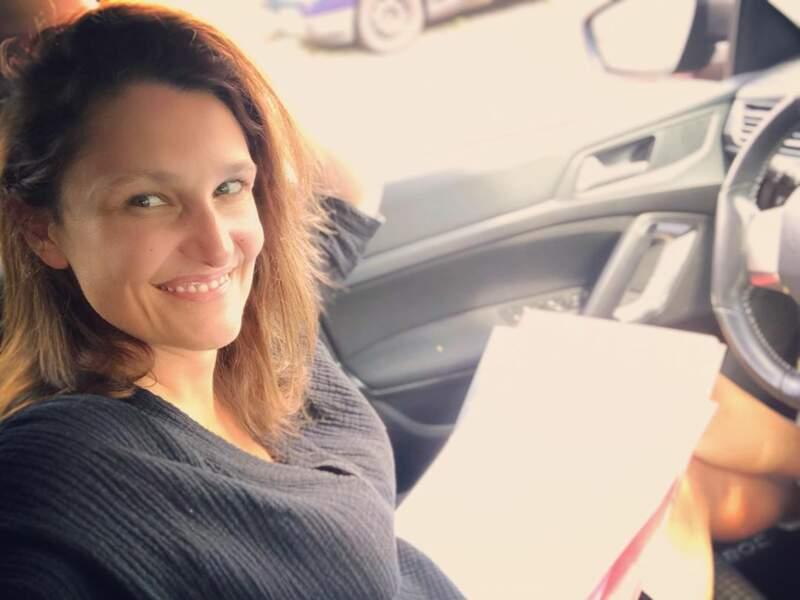 Alexandra Hubin multiplie les activités. Elle donne des cours de sexologie à l'université de Louvain et est si débordée qu'elle doit corriger les copies de ses élèves à la sortie d'école de ses enfants.