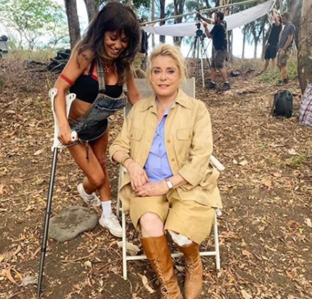 Sur le tournage de Terrible jungle avec Catherine Deneuve