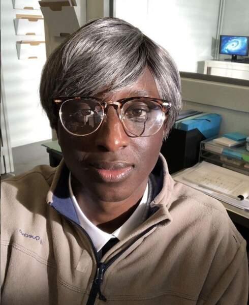 avec mèche et lunettes...