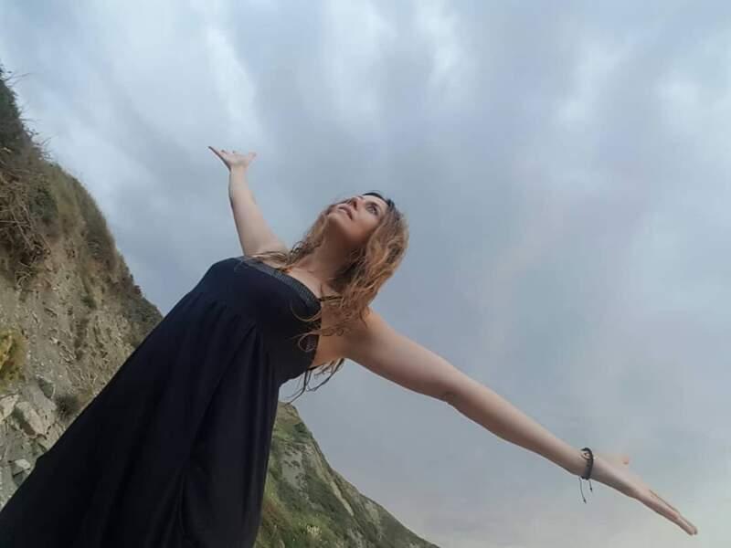 Elle se sent également libre comme l'air !
