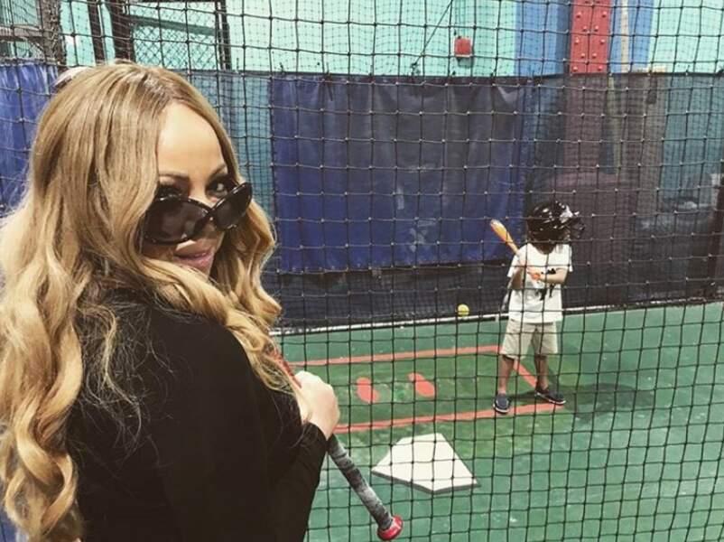 Mariah Carey est une maman moderne, qui s'éclate autant que ses enfants lors de leurs activités en famille.