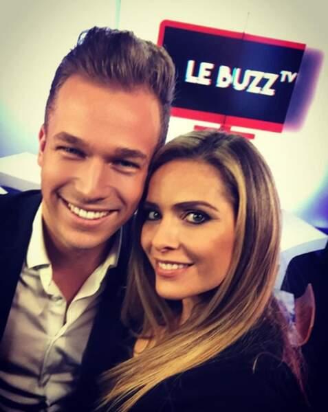 Il croise ainsi les plus belles femmes de France...