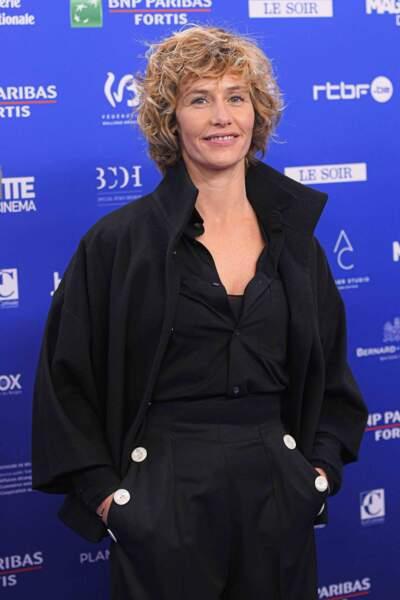 Brune ou blonde, cheveux courts ou bouclés, Cécile de France a fait évoluer son personnage ... jusqu'à quand? Ici là la cérémonie des Magritte 2020.