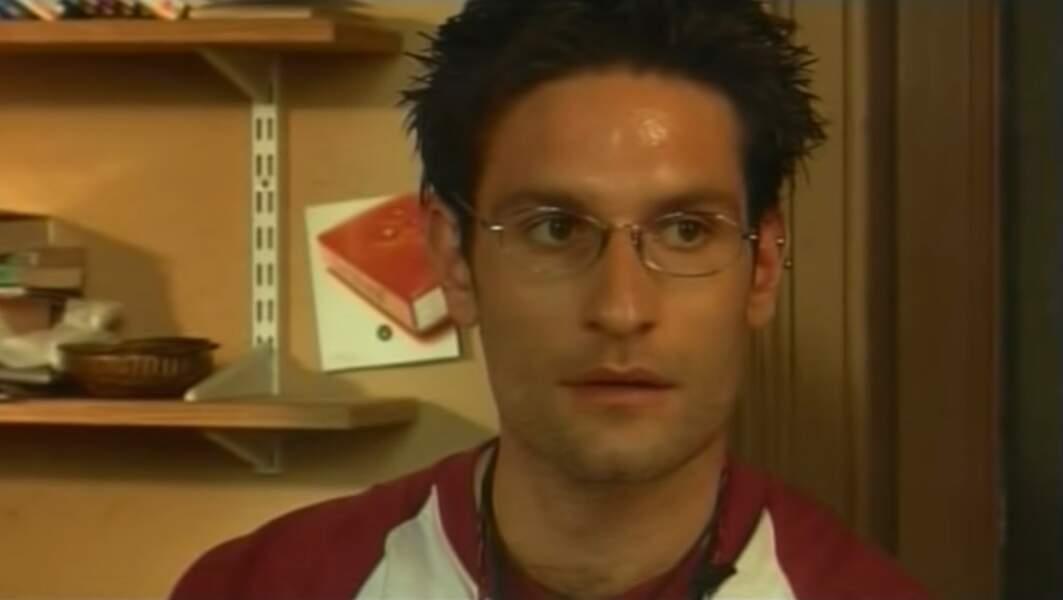 """Alessandro, le pote italien de Xavier dans """"L'auberge espagnole"""" et """"Les poupées russes"""" est incarné par Federico D'Anna. Celui-ci n'a pas poursuivi sa carrière de comédien."""