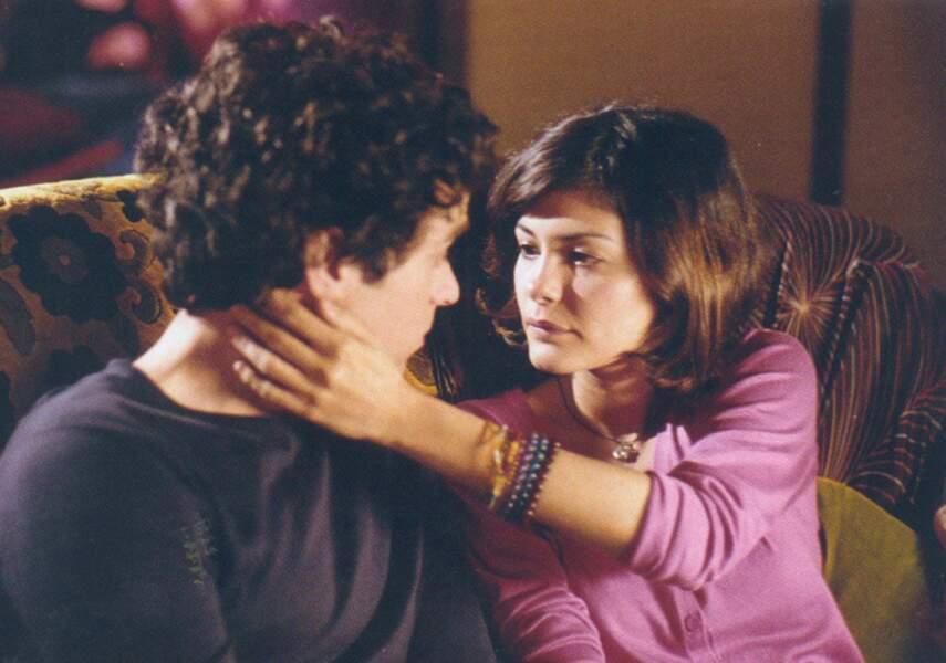 Martine, la copine jalouse qui voit partir Xavier, c'est Audrey Tautou. A cette époque la comédienne connaissait de grands succès avec Jean-Pierre Jeunet.