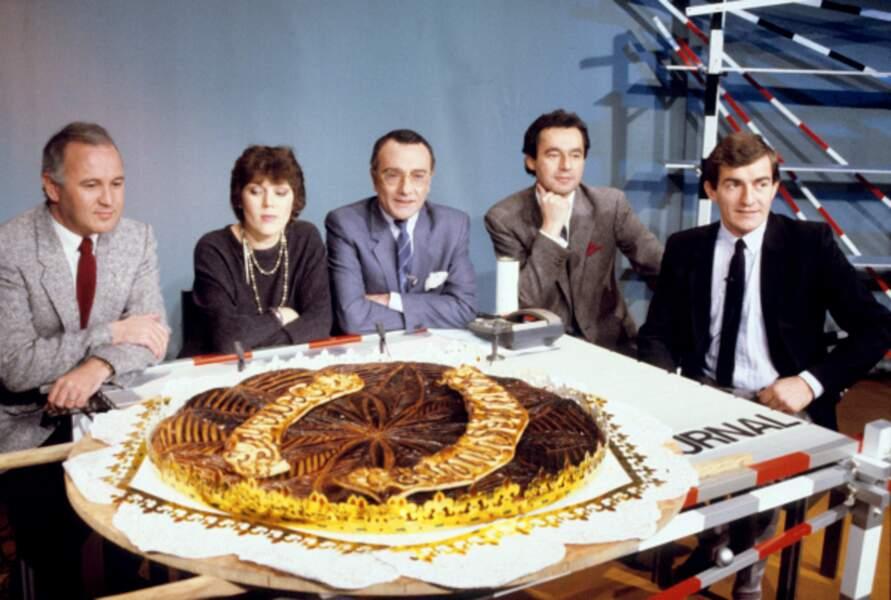 Yves Mourousi et son équipe pour fêter les dix ans du JT de TF1 le 7 janvier 1985.