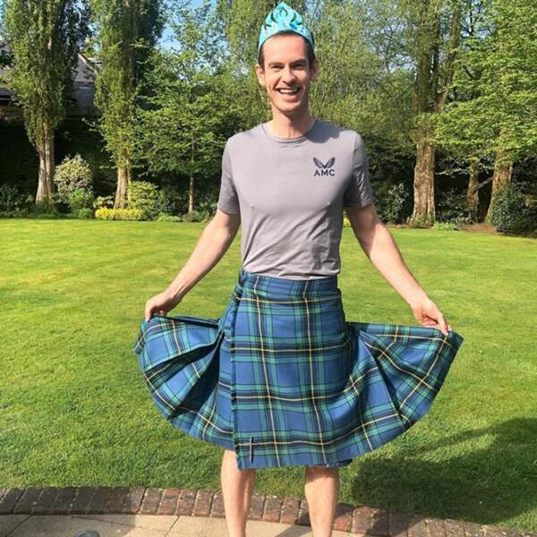 Andy Murray a laissé ses filles Edie et Sophia l'habiller et on vous laisse juger du résultat.