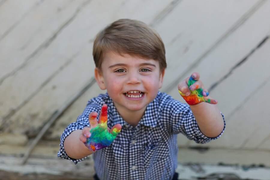 Le 23 avril 2020, le prince Louis fête ses deux ans... en couleurs !