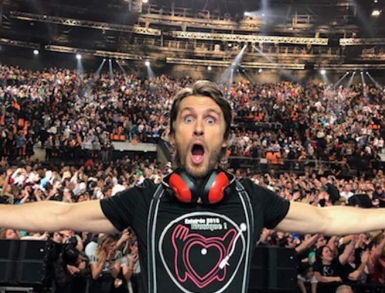 Lors d'une représentation des Enfoirés, à la David Guetta !