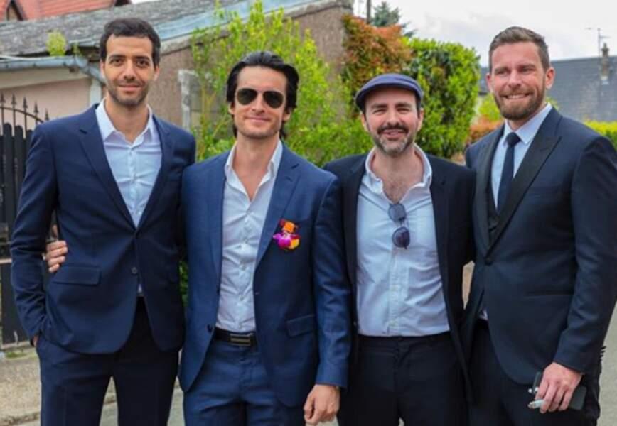 Vous vous êtes habillés pour le mariage de qui, les gars ?