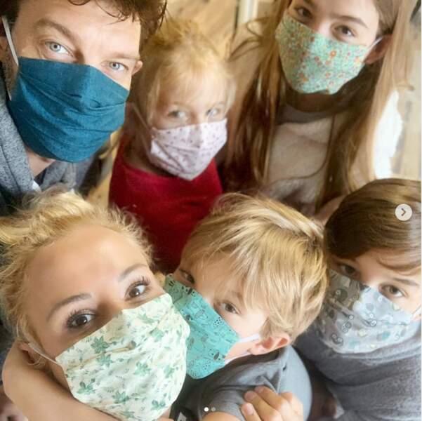 On adore les masques en coton imprimé d'Elodie Gossuin et sa tribu !