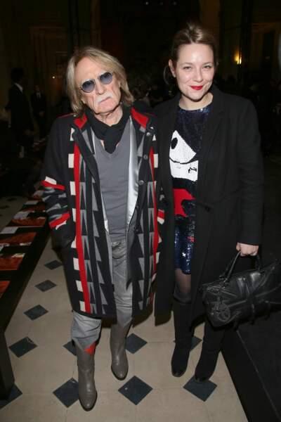 Avec sa compagne lors d'un défilé de mode Castelbajac en 2013.