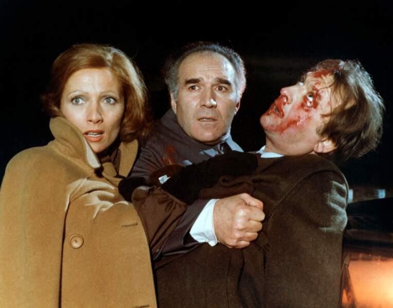 """Piccoli aux côtés de Stéphane Audran et Claude Pieplu dans """"Les Noces rouges"""" (1973) de Claude Chabrol"""