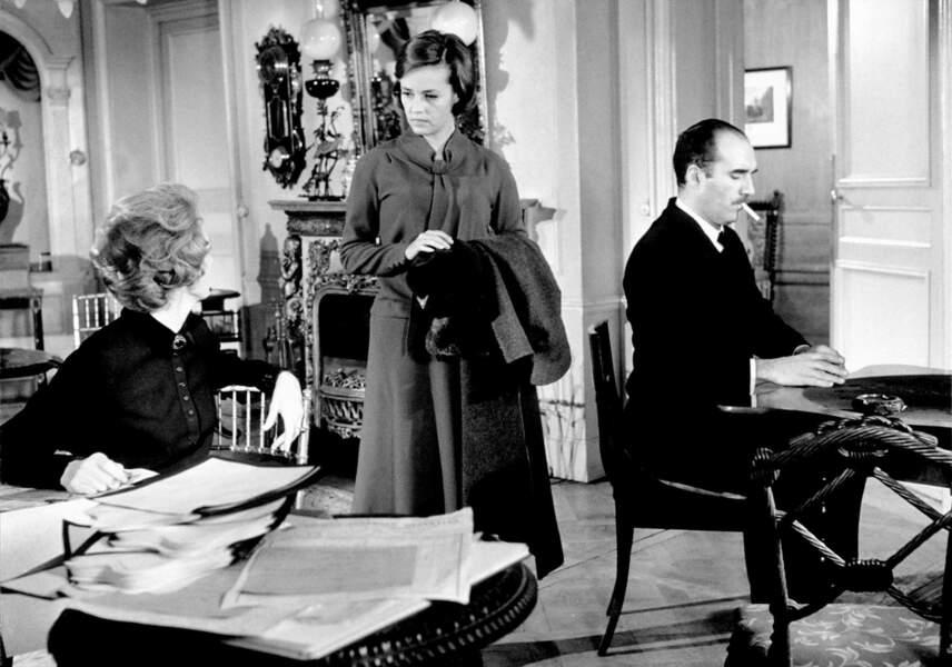 """Puis il joue aux côtés de Jeanne Moreau dans """"Le Journal d'une femme de chambre"""" de Luis Buñuel. Ce film marque la première collaboration de l'acteur avec le réalisateur espagnol"""