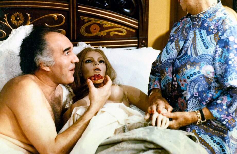"""Dans """"Grandeur nature"""" (1974), Piccoli s'éprend d'une poupée gonflable"""