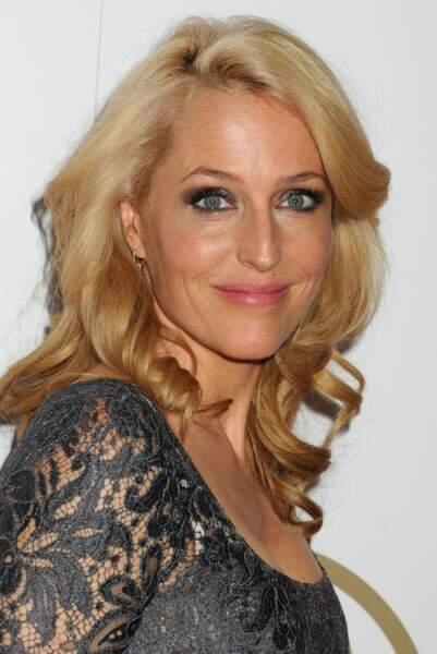 Finalement, elle passe du blond vénitien au blond tout court et ça lui va très bien