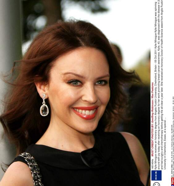 En octobre 2011 Kylie Minogue est conviée à l'Université Anglia Ruskin de Chelmford à propos de la lutte contre le cancer