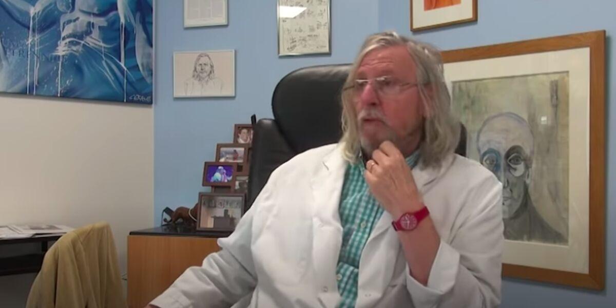 """Didier Raoult réagit à l'étude contre la chloroquine : """"elle sauve beaucoup de gens"""" (VIDEO)"""