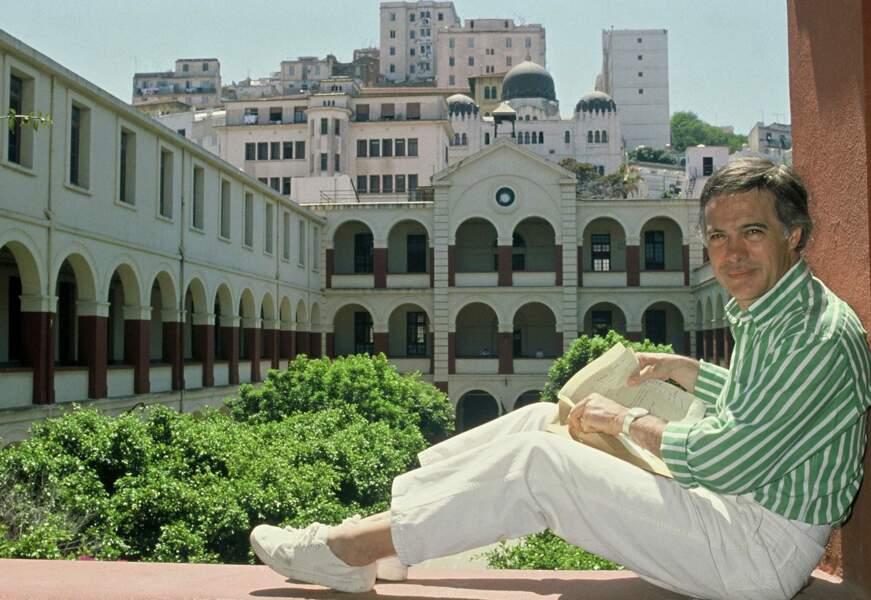"""Retour au pays,  à Alger pour le tournage du documentaire """"Le Passé retrouvé"""" (1988)"""