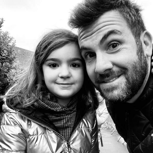 Selfie père-fille pour Laurent Ournac et sa petite Capucine.