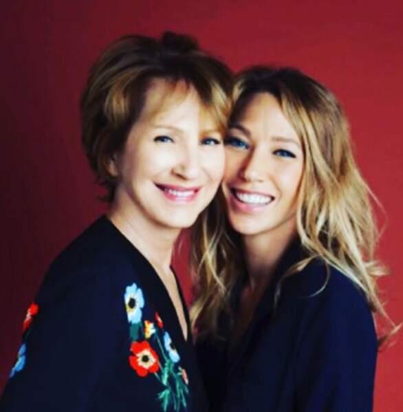 Laura Smet a souhaité une très belle fête des mères à son illustre maman, Nathalie Baye