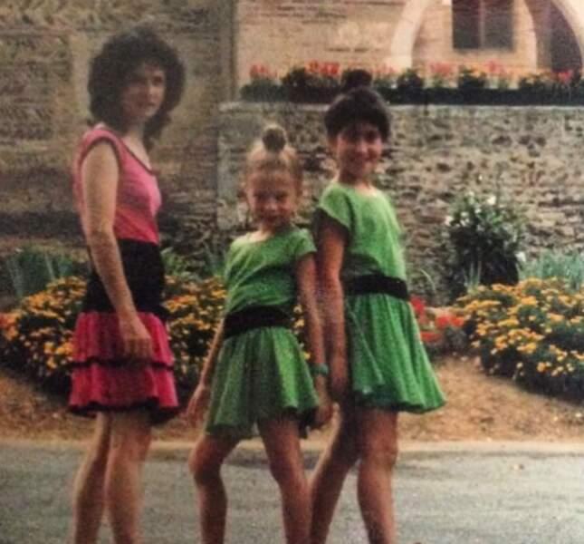 Fabienne Carat a partagé une photo d'elle enfant avec sa mère et sa soeur