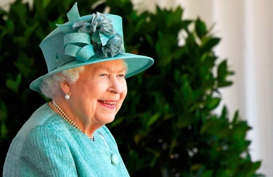 Sa Majesté effectuait sa première sortie post confinement