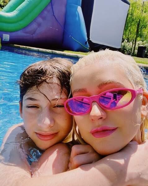 Selfie mère-fils pour Christina Aguilera et Max.