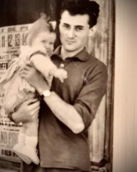 """Marine Delterme (Alice Nevers) remercie son papa de s'être dévoué  pour qu'elle """"tienne sur ses deux jambes, droite et confiante, prête à affronter la vie."""""""