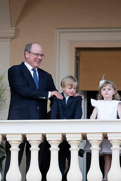 Albert de Monaco, papa heureux pour la fête de la Saint-Jean