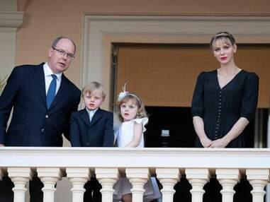 Albert et Charlène de Monaco parents heureux avec leurs jumeaux pour la Saint-Jean