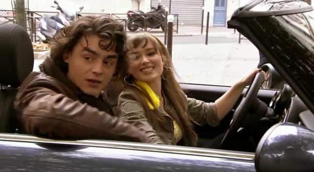 Dans la première saison de Clem, en 2011, Elsa Esnoult campe la rivale de l'héroïne. Elle drague en effet Mathieu le coup de coeur de Clem…