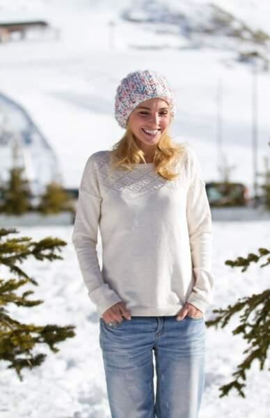 La preuve au festival de l'Alpe d'Huez, en jean, pull et bonnet dans la neige.