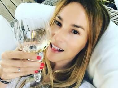 Vanessa Demouy : Demain nous appartient, selfies au soleil, délires à la piscine... L'actrice s'éclate sur Instagram