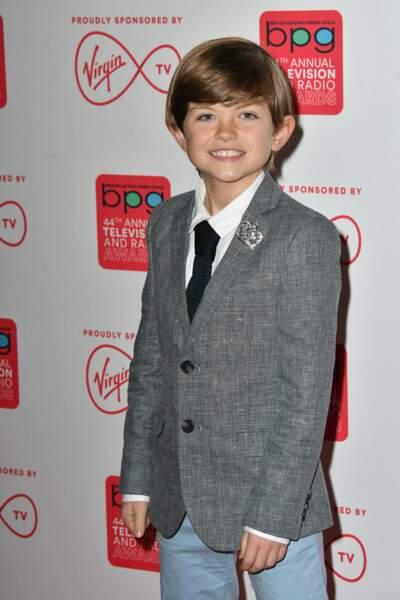 Et c'est Billy Jenkins qui campe le rôle de ce jeune enfant courageux. Il a notamment joué le Prince Charles dans The Crown sur Netflix