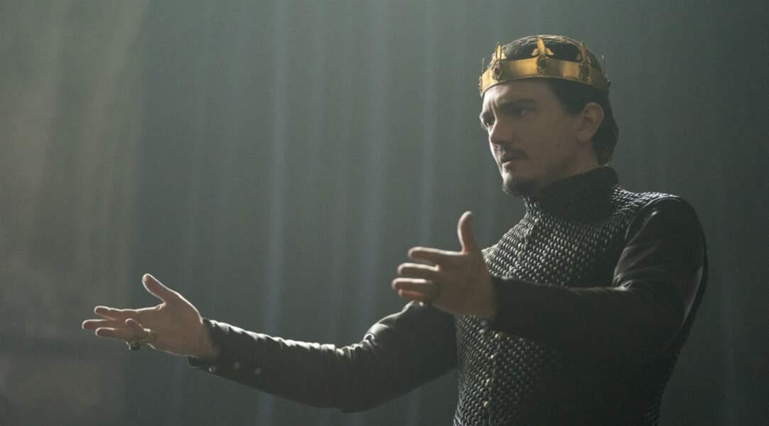 Le roi Uther Pendragon est le complice des Paladins rouges