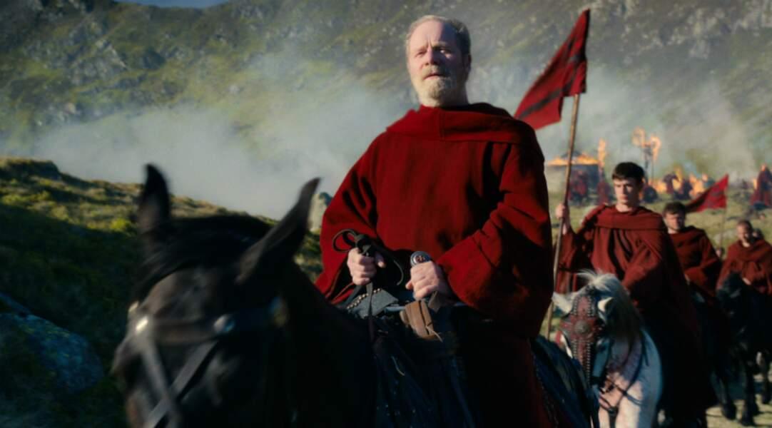Le père Carden mène les Paladins rouges