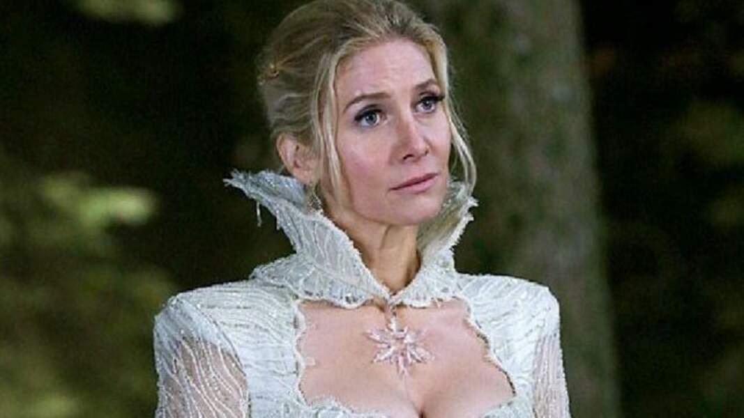 Elizabeth Mitchell, que les fans de Lost : Les Disparus n'ont jamais oublié, a joué Sarah Fisher, alias Ingrid, la Reine des Glaces