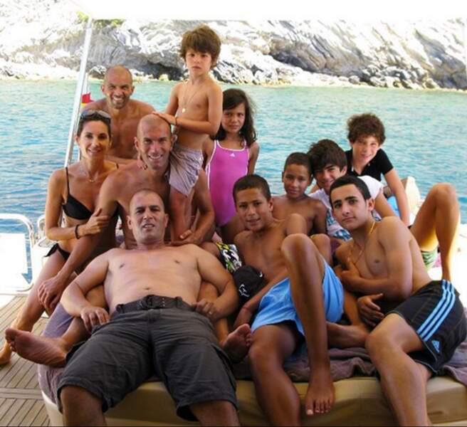 Enzo rend hommage aux siens, notamment son oncle décédé l'an dernier